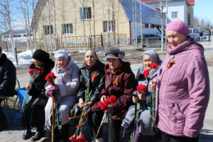 Торжественная церемония возложения цветов